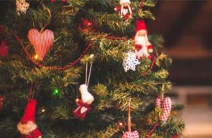 5 best Christmas Ideas for kids by MomMadeMoments.com