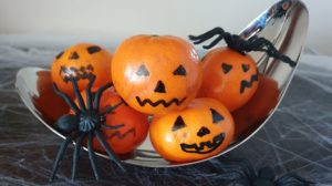 Clementine Jack-O'-Lanterns Healthy and Easy No Bake Halloween Food
