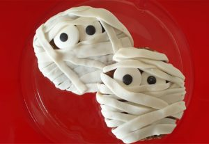 scary mummy cookies perfect for halloween