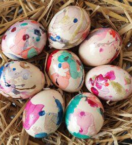 Easy Marbled Easter Eggs for Kids