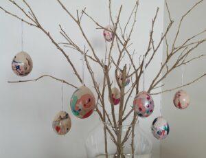 Marbled Easter Eggs for kids